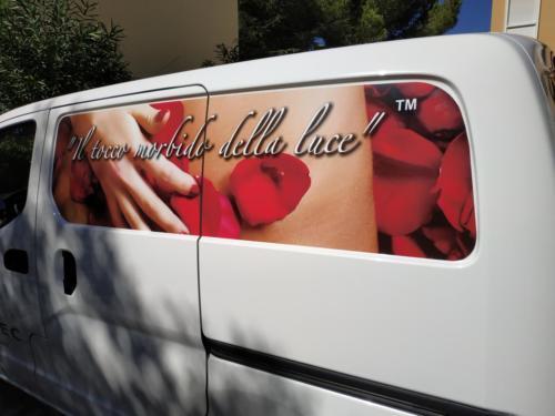 Graficom personalizzazione furgone misto digitale e prespaziato