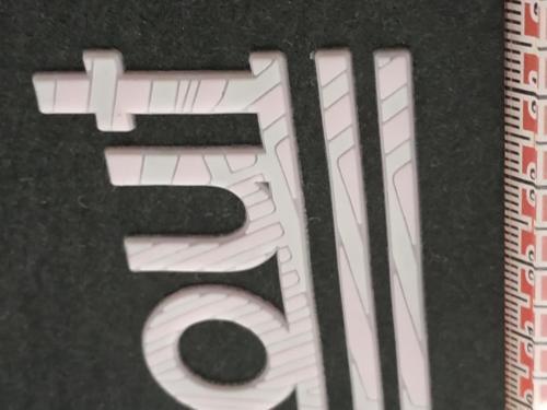 GRAFICOM Patch termoadesiva 3D in silicone stampato CMYK.
